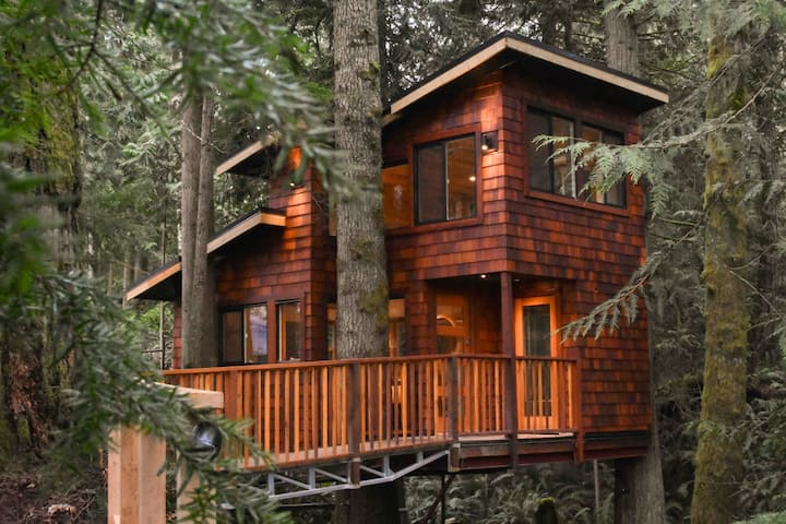 East Sooke Tree House