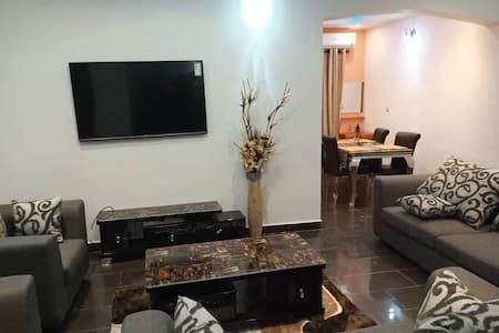 Luxury 3 bedroom Duplex:@Paradise Hommy Akobo GRA