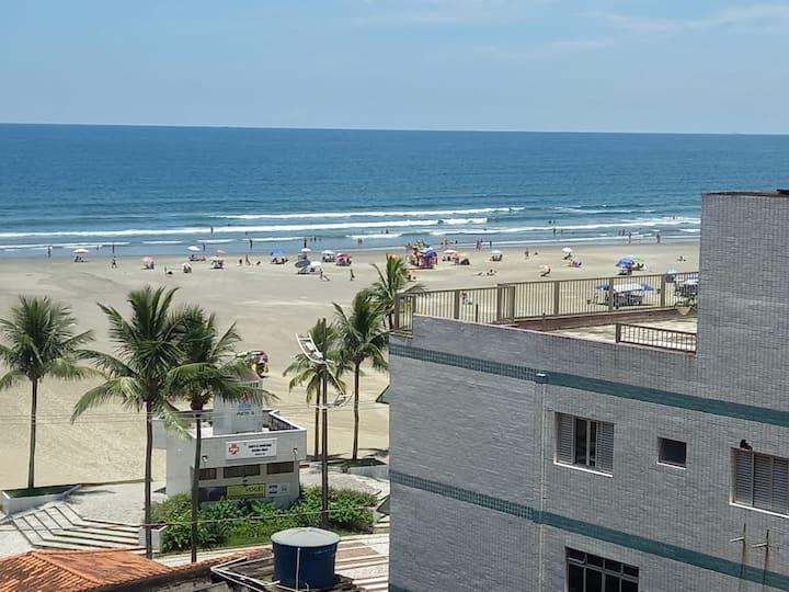 Apto Frente pra Praia  ..Guilhermina Praia Grande