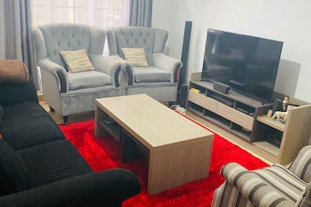 Cozy Suburb Apartment
