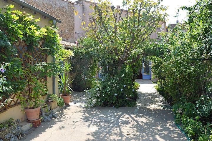 Grande maison de village de 170 m2, avec jardin
