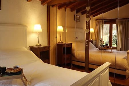 Cascaille 2 Bedroom Gite , tranquil beautiful