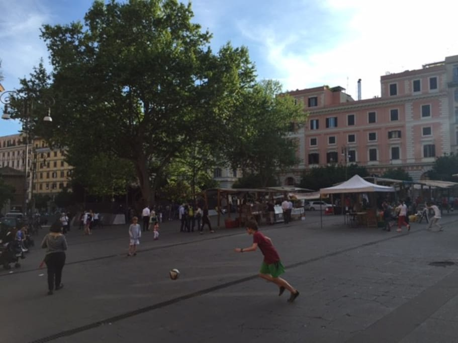 Piazza S. Cosimato - soccer for the kids - wine bars and restaurants for the adults!