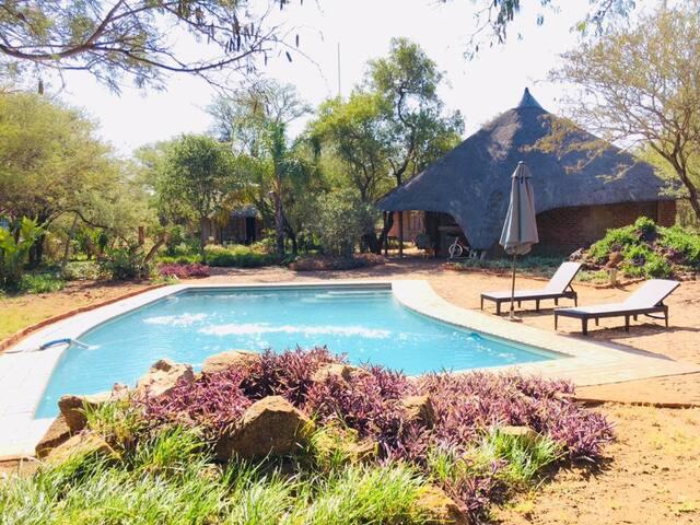 African Casa Chalet 2