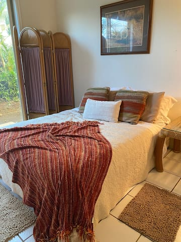 Bedroom in shared home in Princeville