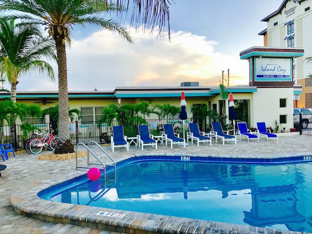 Clearwater Beach Two Bedroom Apartment