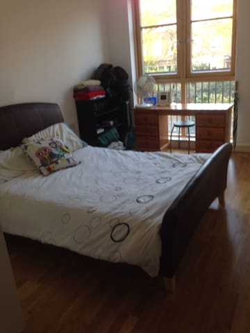 Modern / Airy/Quiet Double Room