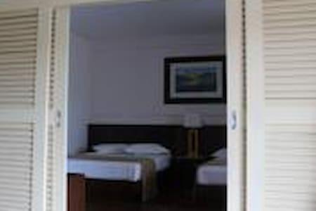 D' Savoy A' Famosa Condo - Condominium