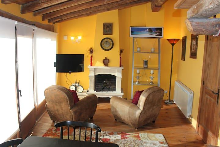 SOLERA DE MONTSANT~ Estudio+Mezzanine Loft+Terraza
