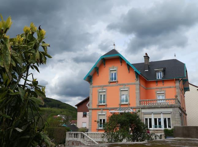 LA VILLA FLEURIE appartement
