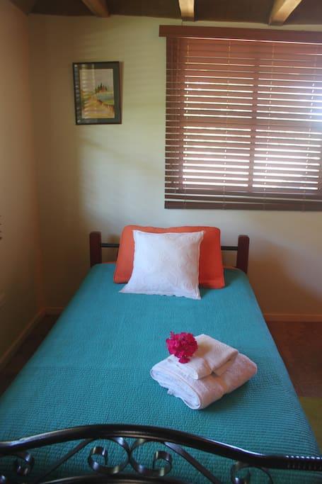 Main room - single bed