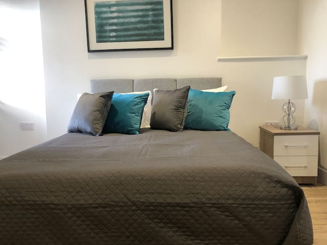 Double En Suite, Wifi, Washer/Dryer, City Centre