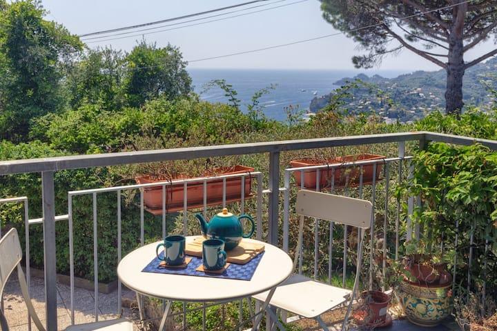 Casa Anna - Sea View ,Pool Parking & wifi