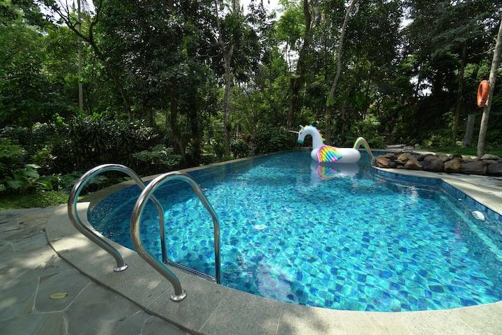 1BR Villa Lavender w/ Shared Pool at Rumah Gadog