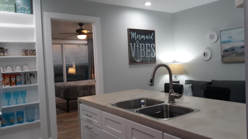 Well designed Casita with an efficient but very cozy Kitchen/Living Area