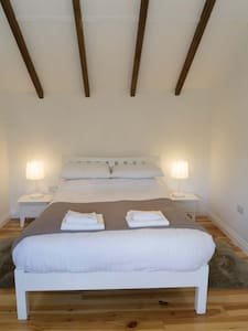Holmdale Holiday Cottages  Louis - East Sussex - Chalet - 1