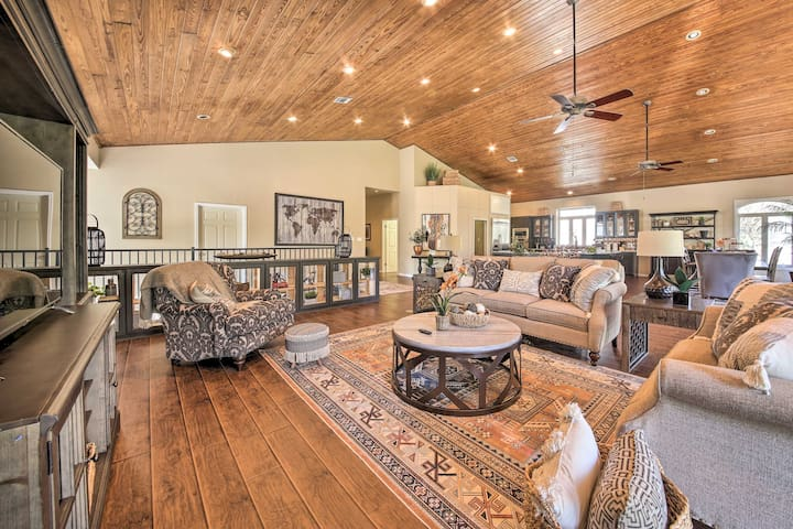 'Guadalupe River Haus' Perfect for Retreats/Events