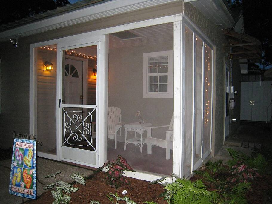Screen Porch to enjoy the evening.