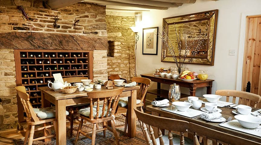 Great rooms in a pretty village - Bampton - Bed & Breakfast