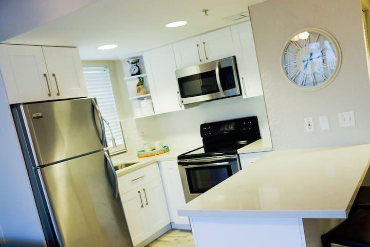 Beach Getaway - Miami Beach Living