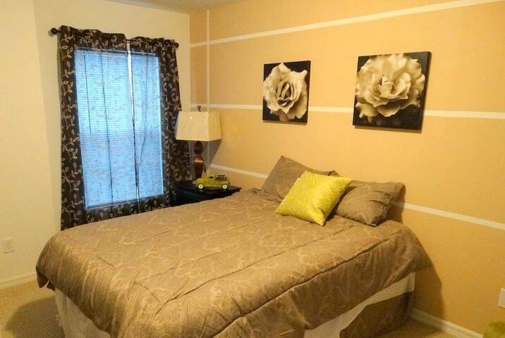 Beautiful room with bathroom - Kissimmee - Ev