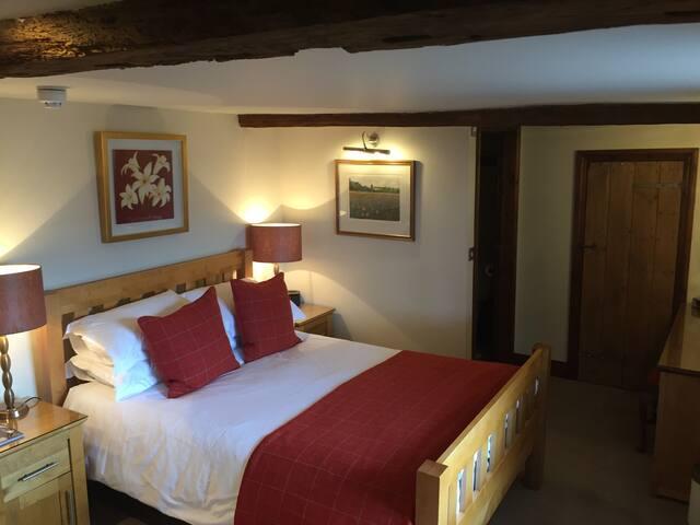 Willow Tree House Bed & Breakfast (Iden)
