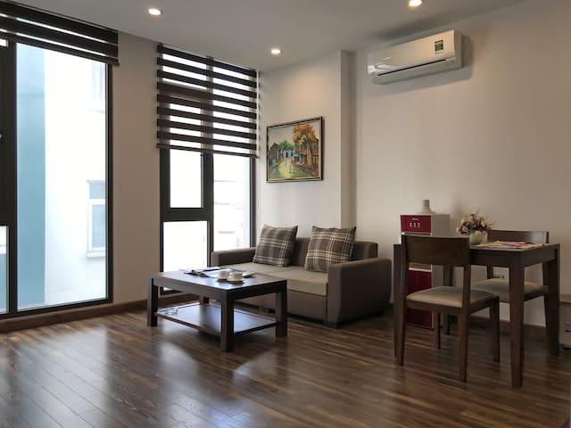 ISN Home 1BR KimMa Street/ThuLe Park /Lotte&Vincom