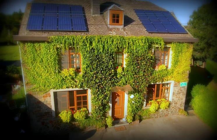 2 chambres douillettes et zen  - Marche-en-Famenne - Huis