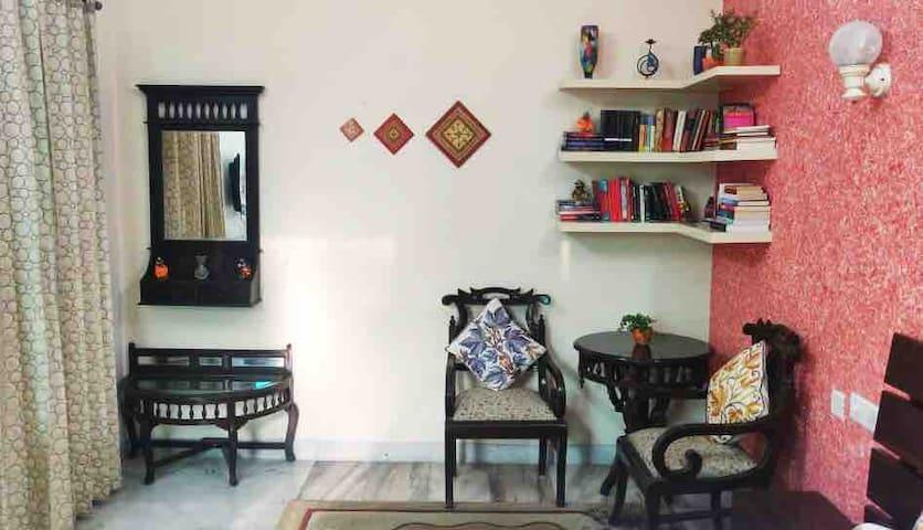 Very Nice Homes (Deluxe Room)