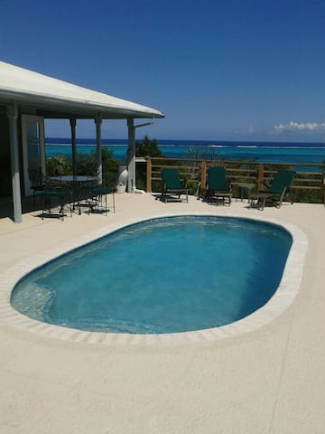 Hillview - Caicos Islands - House