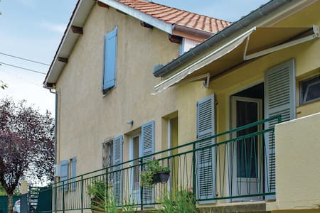 Holiday apartment with 1 bedroom on 32m² in Plaisance du Gers