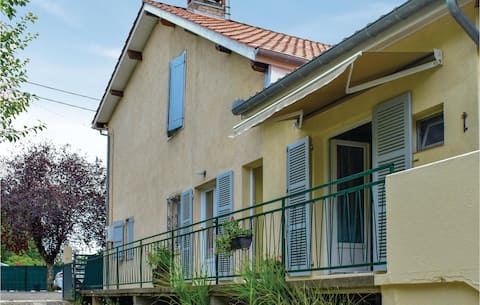 Amazing home in Plaisance du Gers with WiFi and 1 Bedrooms