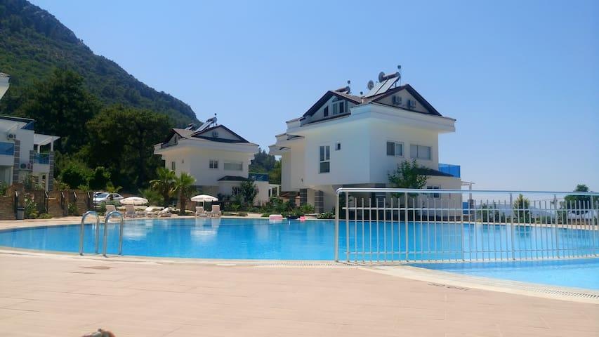 Orka Royal Hills Apartment E4  Tranquillity & Sun