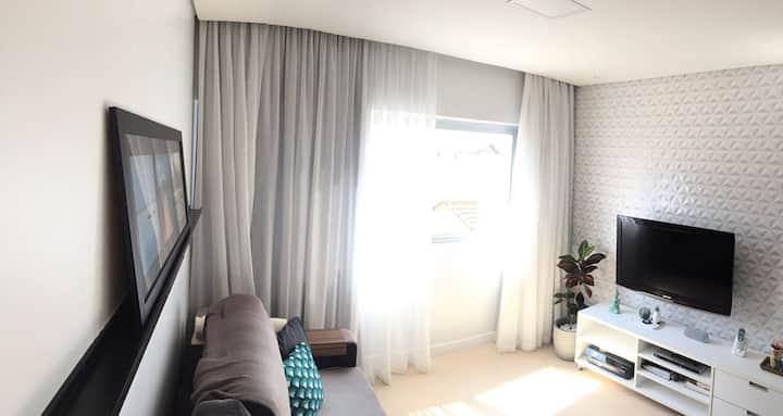 Charmoso & Funcional | Apartamento recém reformado