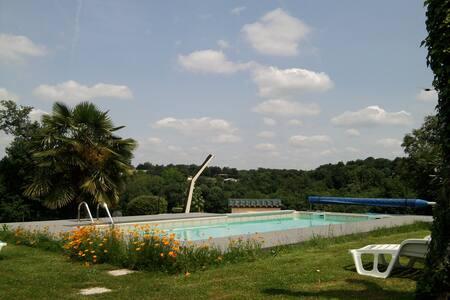 Gîte entre Bordeaux Angoulème -piscine réglementée