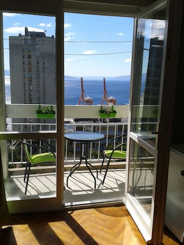 Studio with a nice view - Rijeka - Apartment