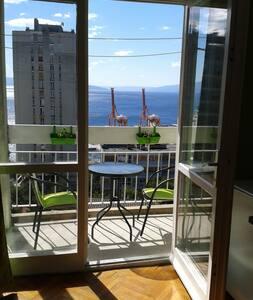 Studio with a nice view - Rijeka