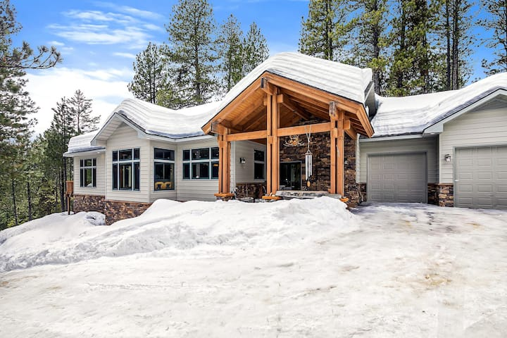 Modern Cabin, Epic Snowmobile Trail and Payette River Access