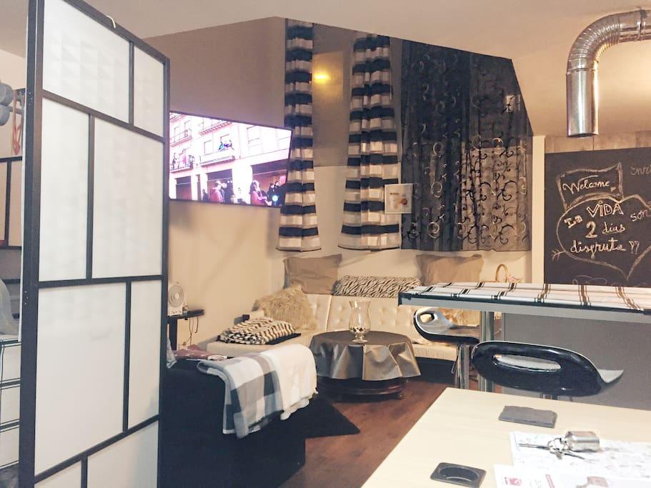 Loft duplex madrid oficina wifi lofts en alquiler en for Oficina registro comunidad de madrid