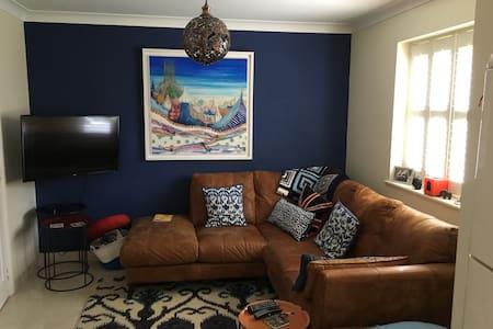 Double room in lovely modern house