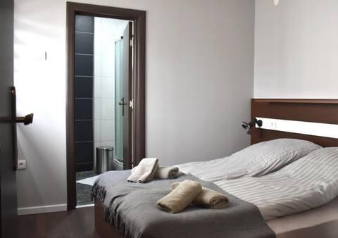 Apartments Zrenjanin ❀ Deluxe Room / Welcome&Enjoy