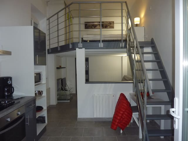 T1 34m2 avec mezzanine - Port-de-Bouc - Rekkehus