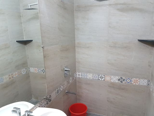 Sandstone enclosed Bathroom 2