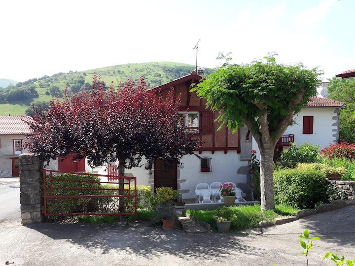 Maison Segateia