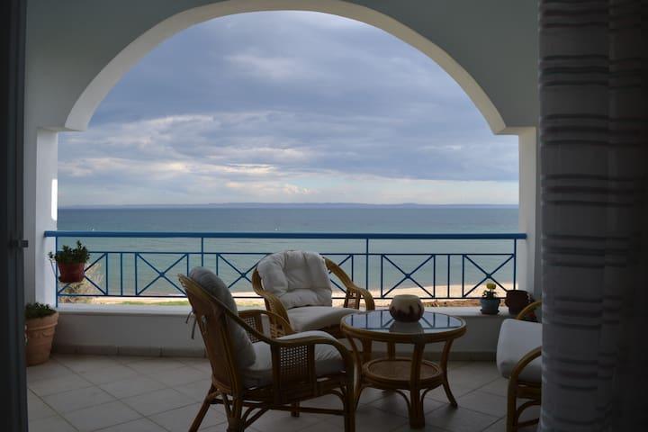 Casa del Mar - Paralia Gerakinis - Hus