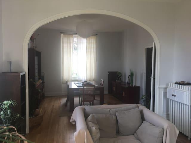 Location appartement de meubles Belvédère