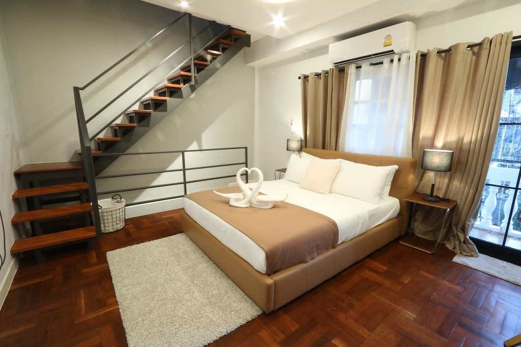 Bedroom B : 1 x Queen size bed, wardrobe, TV, hair dryer and full room amenities and sofa