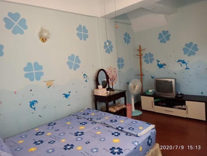 花蓮幸運草美崙的家民宿藍色雙人套房,靠近七星潭,乾淨平價