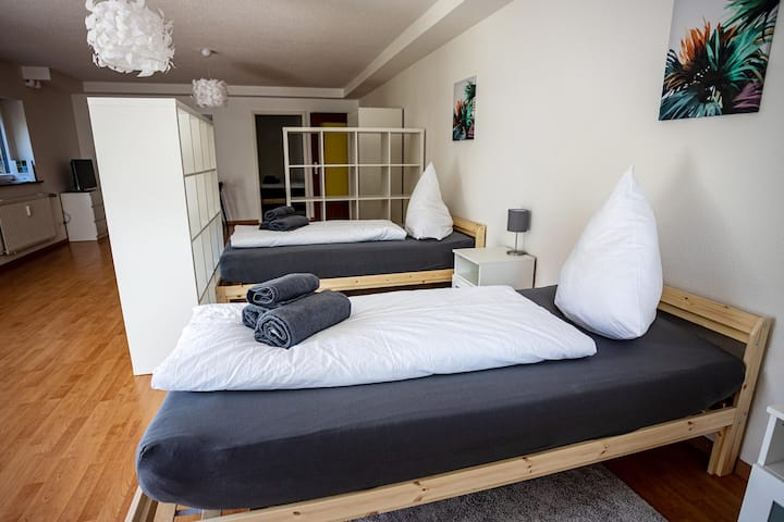 BÜS03 two room apartment with terrace, WiFi & parking place