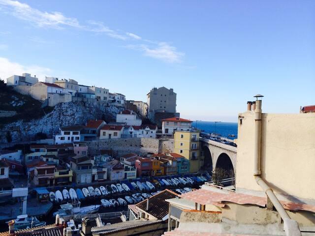 Bel appart lumineux, les pieds dans l'eau - Marseille - Wohnung